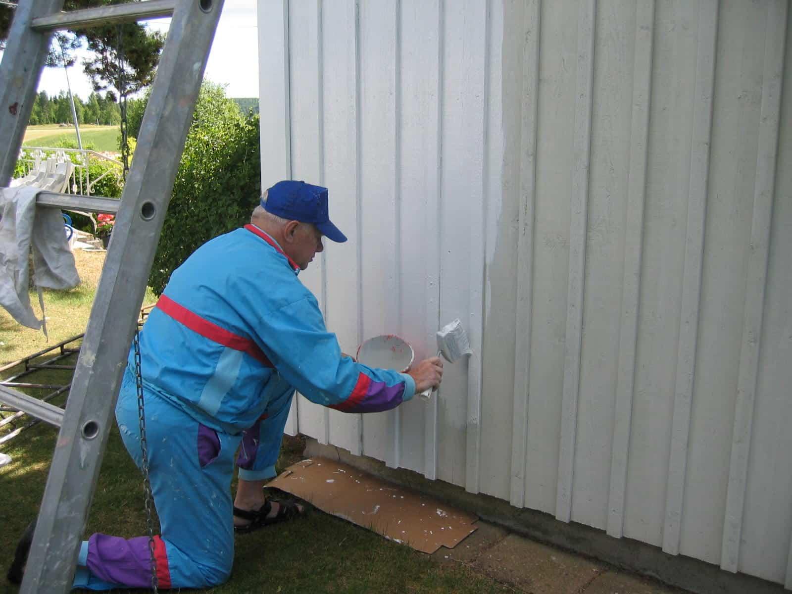 Ongekend Verweerd tuinhuis schilderen - Matte houtverf uit Zweden Moose Färg VV-42