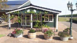 Tuinhuis in Victoria Groen en Gradde (ral 9010) te Sellingen